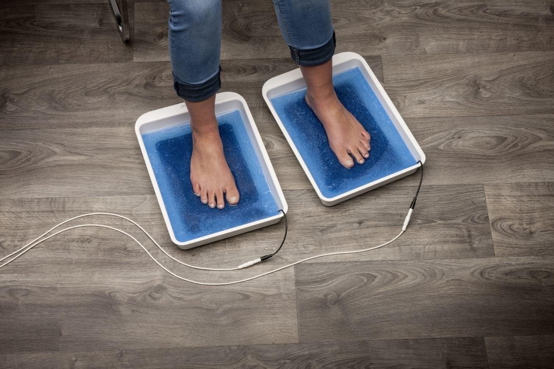 Iontoforese behandeling voor de voeten